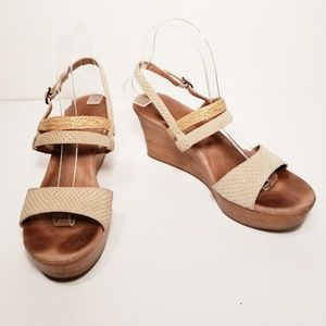 Ugg Strappy Wedge Sandals Size 8